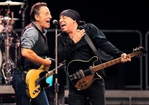 Foto: Bruce Springsteen og Steven van Zandt optræder på Roskilde Festival 2014.