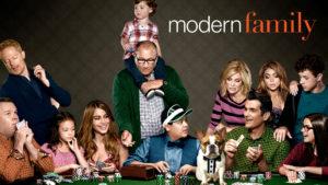 modern-fejl-facebook-family-netflix