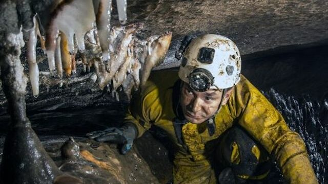 danmark 12 fodbolddrenge fanget i grotte i Thailand netflix serie