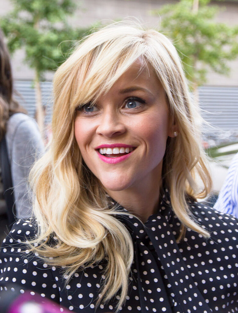 Reese Witherspoon laver to komedier til Netflix